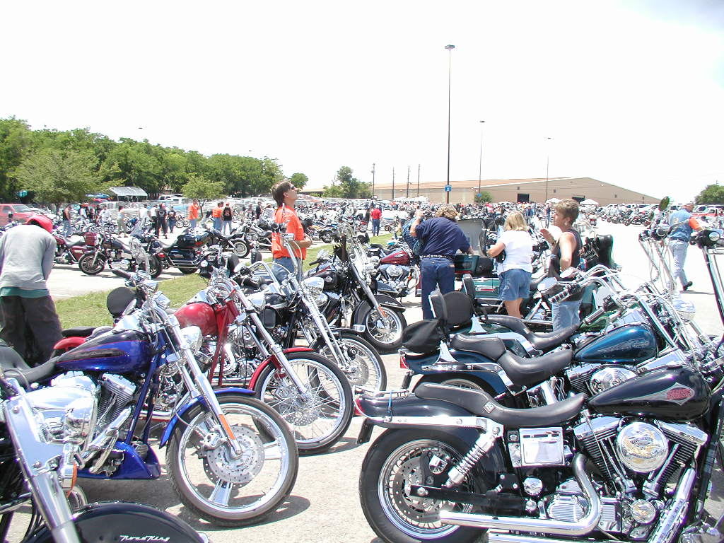 Motorcycle parking austin review about motors for Best motors austin tx